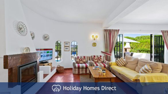Villa Anderwood sitting room in Portugal