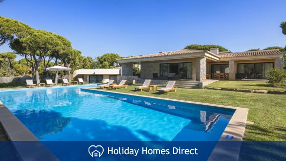 Villa Pinhal Velho 14, Vilamoura. Luxury 5 bedroom villa with pool