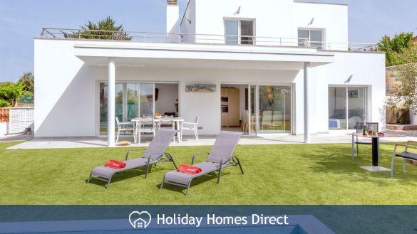 Holiday House Almendro