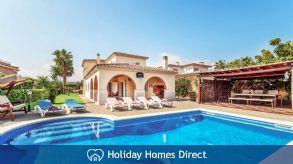 Holiday House Mari