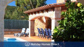 Holiday House Cabanyes
