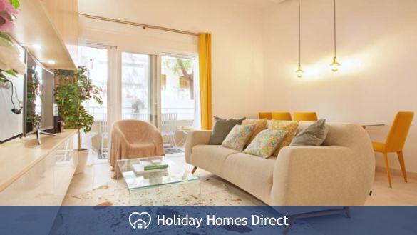 Incredible 2 Bed Centre City Marbella Apartment - 300 Meters From Sea