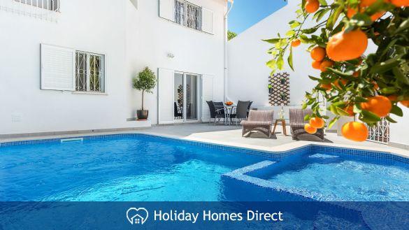 Vale do Lobo Luxury Villa: heated pool w/ safety fence, near beach, golf, tennis