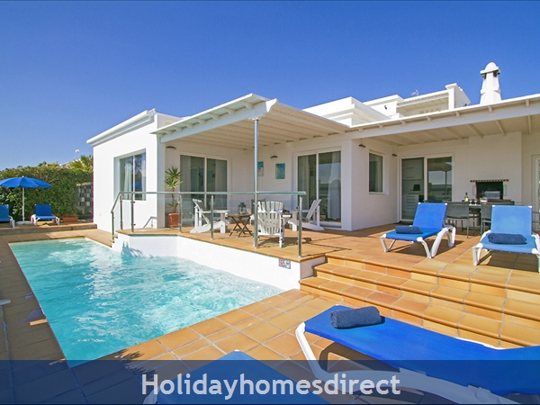 Villa Benedicte With Private Heated Pool, Puerto Del Carmen, Lanzarote: Villa Benedicte