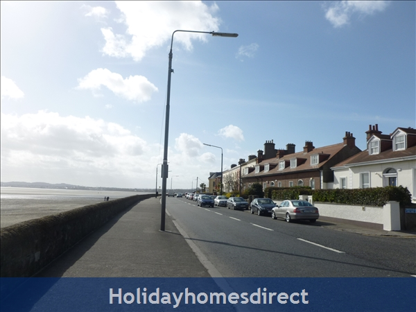 Charming Sandymount Seaside Location Just 10 Minutes From  Dublin  City Centre  Tourist Board Approved Pet Friendly Garden 2 Bed Apt. Free Wifi & Sky: d
