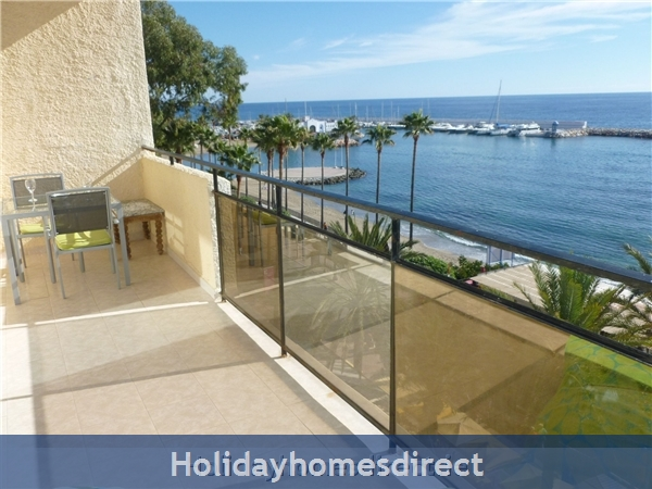 MARBELLA - Luxurious Front Row SKOL Private Apartment, With Stunning Sea-views from 2 huge Terraces.  REGISTERED WITH SPANISH TOURISM