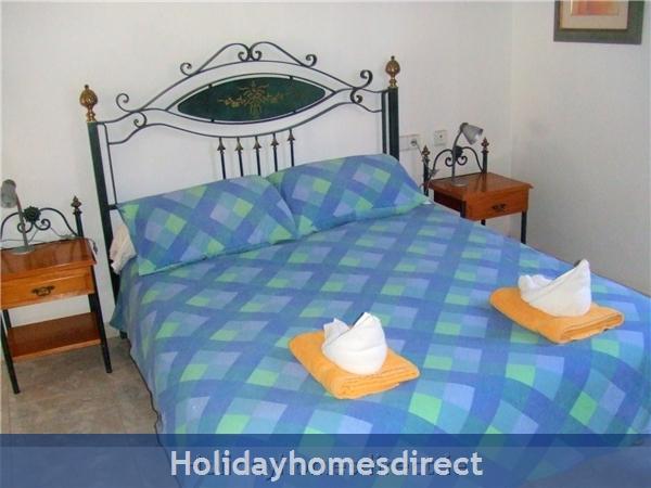 Villa Saoirse - Puerto Del Carmen: Master Bedroom with 5ft bed