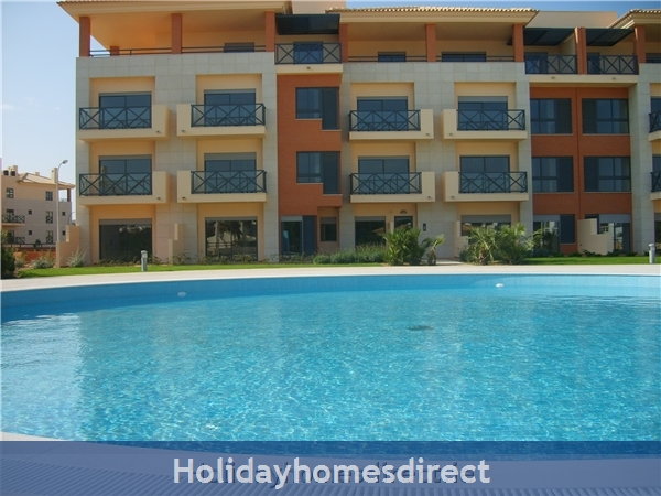Parque Da Corcovada Luxury 2 Bedroom Apartment, Algarve: Third Level, on the left