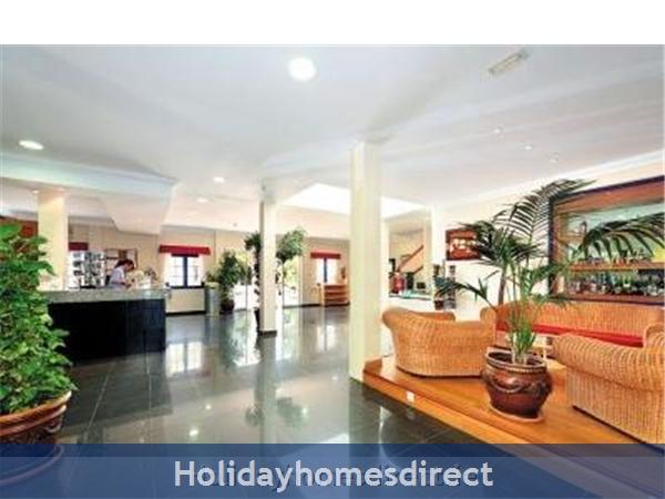 16a Cinco Plazas, Puerto Del Carmen: Main Reception Hotel