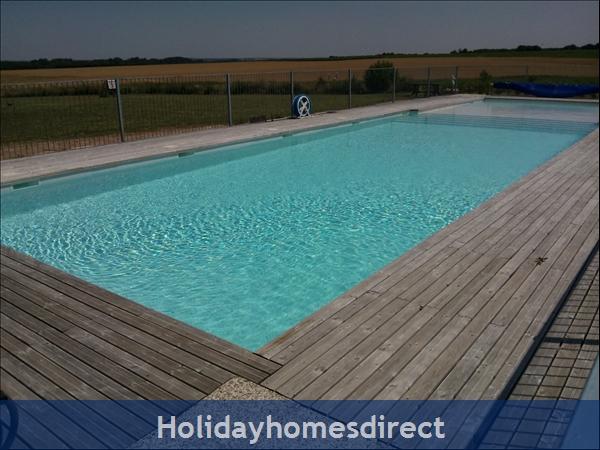 Logis, Gite Holiday Rental: Heated pool
