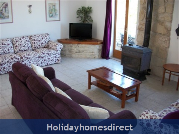 Logis, Gite Holiday Rental: Logis living room