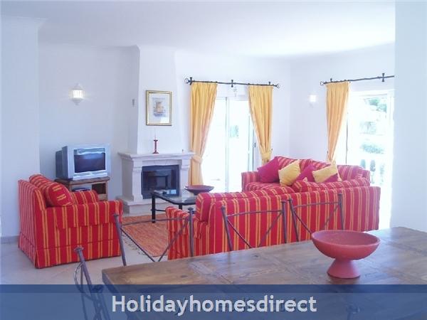 Villa 179, Parque Da Floresta, Western Algarve: Living room