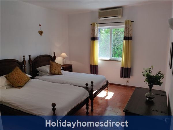 Vila Elizabete Carvoeiro  Al 40133 , Close To Beach With Aircon And Internet Access.: Bedroom 2