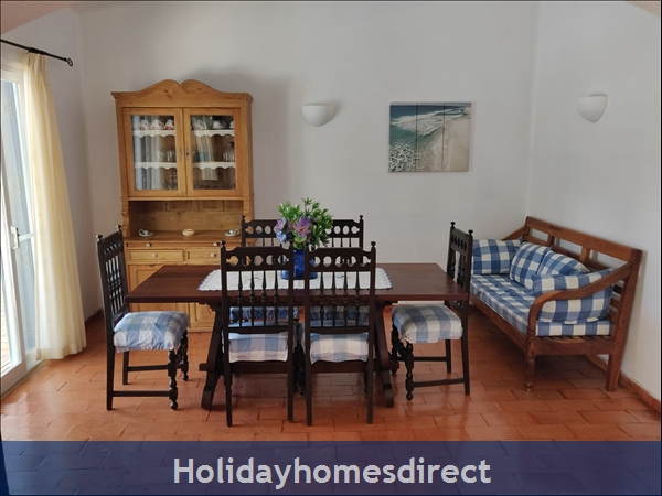Vila Elizabete Carvoeiro  Al 40133 , Close To Beach With Aircon And Internet Access.: Dining Room