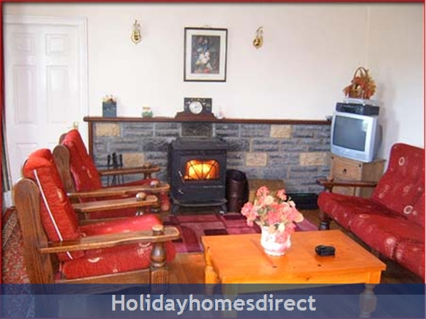 Cottage Mayo, Rock View House. Carracastle Charlestown, Mayo. F45 Pn50: Living Room