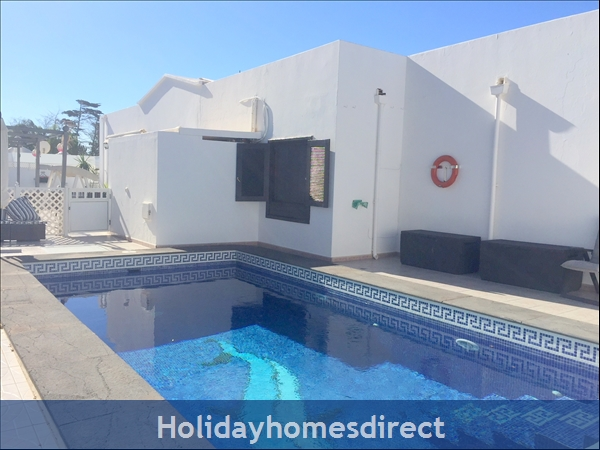 LUXURY TOTS SAFE VILLA WITH SECURE GATED POOL COSTA TEGUISE 4 BED/3 BATH/PRIVATE HTD POOL/PLAY AREA-WE TAKE ALL CREDIT CARDS FOR JUST 1.5%