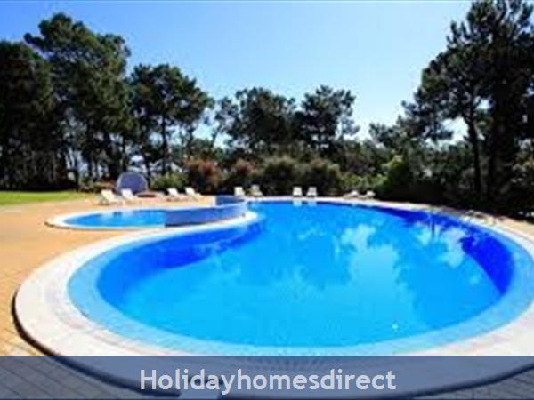 Pine Sun Park, 2 Bedroom Apartment, Albufeira (villamoura Area): Beach