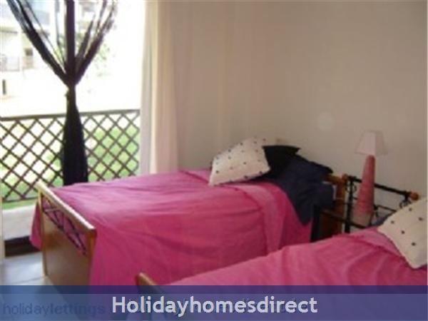 Pine Sun Park, 2 Bedroom Apartment, Albufeira (villamoura Area): bedroom