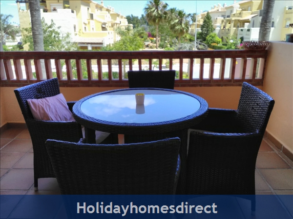 Jardines De La Noria, 2 Bedroom Apartment, Mijas Costa: Balcony