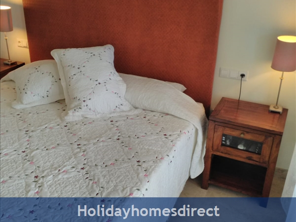 Jardines De La Noria, 2 Bedroom Apartment, Mijas Costa: Double room