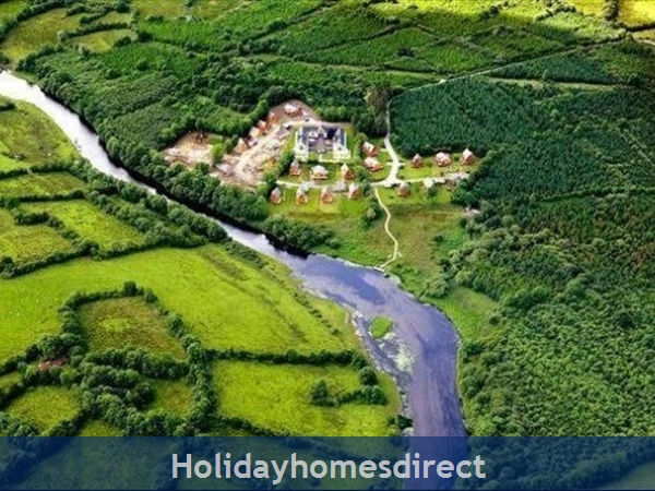 Cornadarragh Forest Park, Luxurious Log Cabin: Aerial Photo
