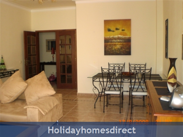 Maralvar, Large 2 Bedroom Apartment, Alvor: Image 3