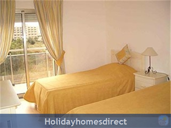 Albufeira Solario De Sao Jose, 3 Luxury Apartments From €450 A/w  Free Squash Court,free Gym, Games Room, Swing Park,bbq's On The Roof And A Sauna: Image 5