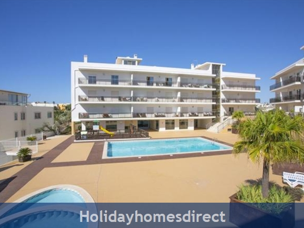 Albufeira Solario De Sao Jose, 3 Luxury Apartments From €450 A/w  Free Squash Court,free Gym, Games Room, Swing Park,bbq's On The Roof And A Sauna, Portugal