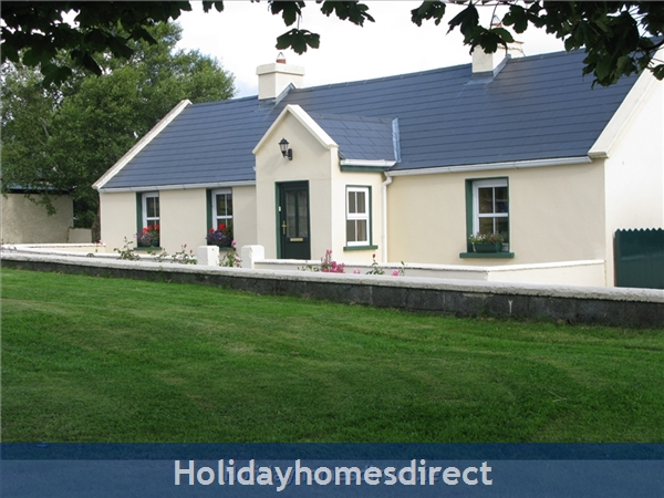 Old Farm Cottage, 3 Bed Holiday Home Sligo, Ireland