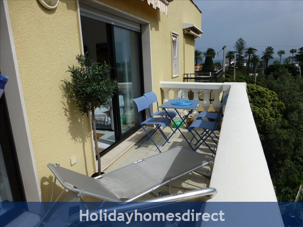Beaulieu Sur Mer, Accommodation Cote D'azur: Balcony
