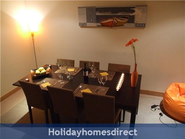 Villa Jose, Praia Da Luz/lagos/west Algarve: Dining Room - Candlelit Dining experience !!!