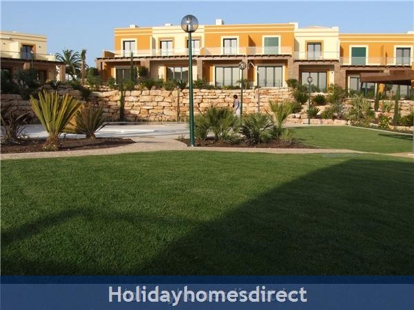 Villa Jose, Praia Da Luz/lagos/west Algarve: Garden area