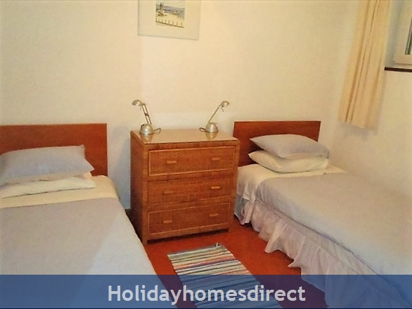 Beautiful Apartments With Heated Pool,quiet Countryside Close To Lagos And Beach.: Bedroom two, ground floor