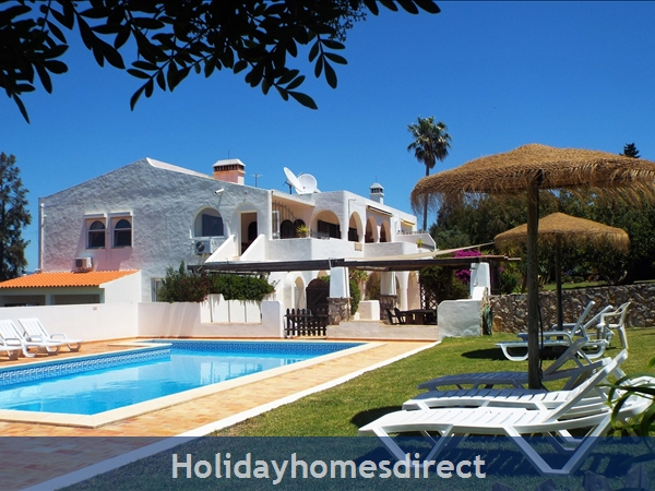 Beautiful One And Two Bedroom Apartments With Heated Pool.   Magnificent Gardens, Quiet Countryside Near Lagos And Beach., Portugal