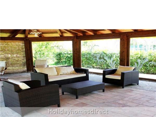 Garden/Gazebo complex sorrento residence vacation