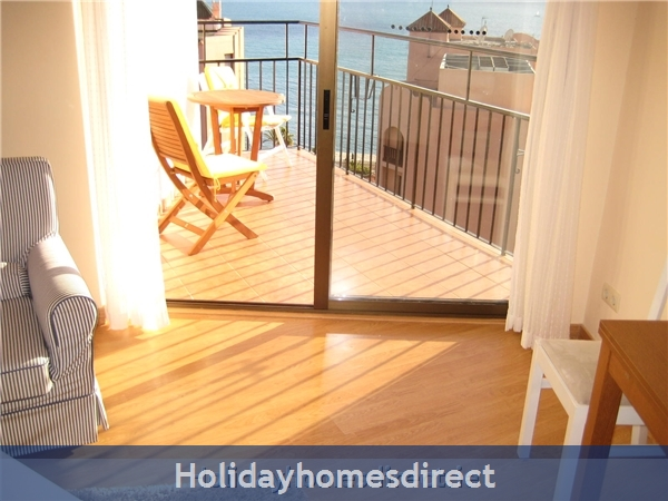 Marbella - Old Town Top Floor  Affordable Luxury Studio .free Wifi. Stunning Sea-views, Just  2 Mins. Walk To Old Town Or The Beach, Spain