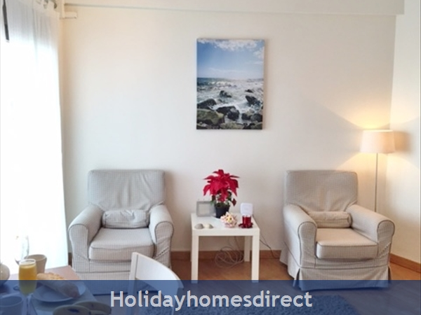 Marbella Old Town Rental Apartment, Stunning seaviews from super studio, Just  2mins walk to Old Tow