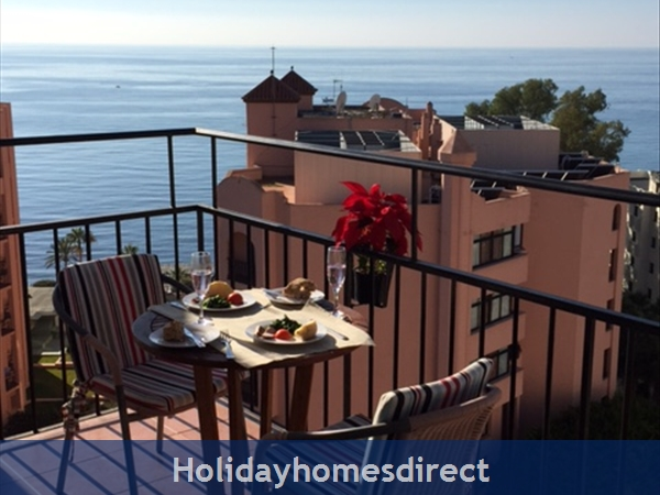 Marbella - Old Town Top Floor  Affordable Luxury Studio .free Wifi. Stunning Sea-views, Just  2 Mins. Walk To Old Town Or The Beach: The view behind the terrace