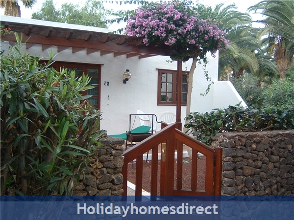 Las Brisas Villa With Gorgeous Shared Pool, Playa Blanca: Las Brisas
