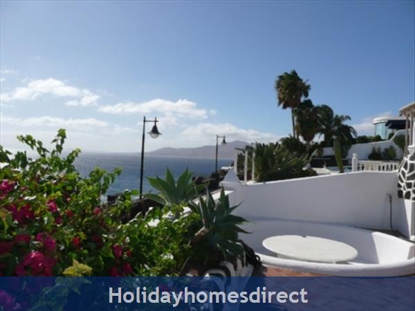 Villa El Sueno With Panoramic Sea Views & Private Heated Pool, Puerto Del Carmen Old Town, Lanzarote: El Sueno villa