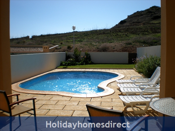 Domus Iberica Casa 2. Burgau.  With Private Pool, Sea View And Walk To The Beach !: South facing private pool!