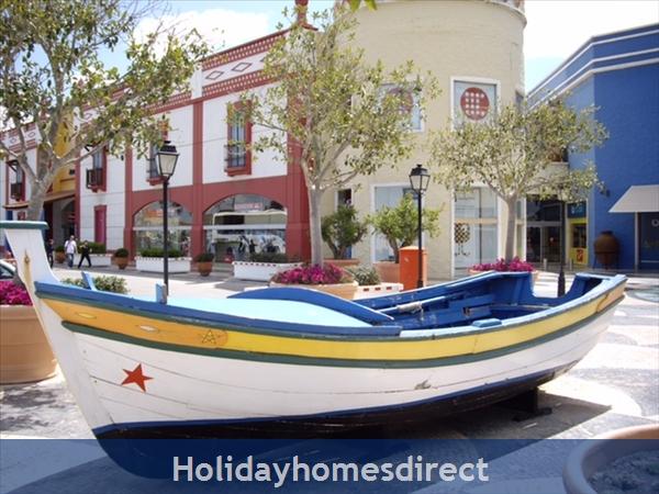 Algarve Shopping Centre 1