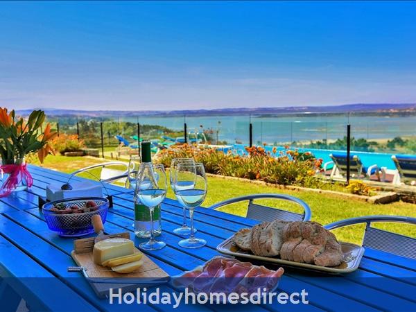 Large Luxury Silver Coast Villa, Free Pool Heating, Family Friendly: living's room terrace