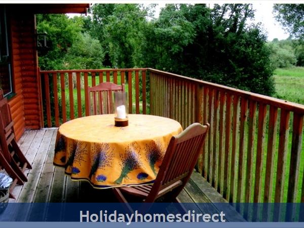 Ramley - Cornadarragh Forest Park: Decking terrace