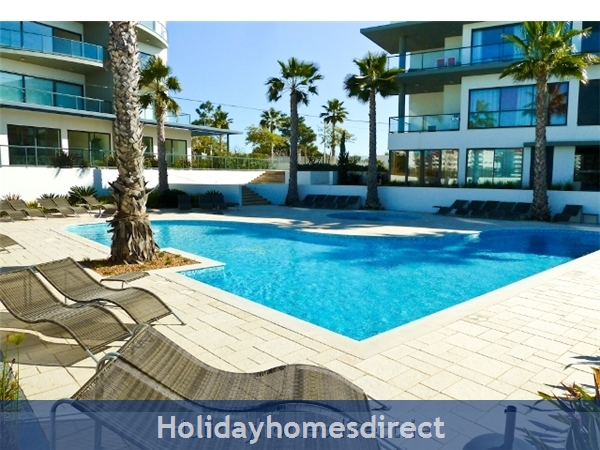 Stunning 1 Bedroom Apartment (303b) located Cavalo Preto beach nr restaurants, bars, golf courses, water parks of Quarteira & Vilamoura.