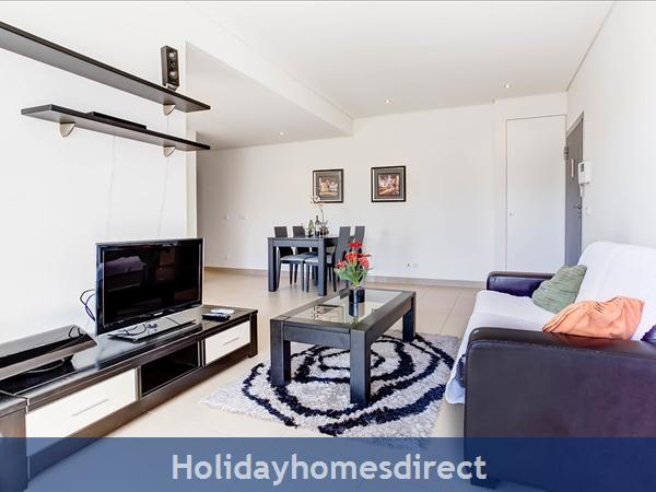 Stunning 1 Bedroom Apartment (303b) Located Cavalo Preto Beach Nr Restaurants, Bars, Golf Courses, Water Parks Of Quarteira & Vilamoura.: Lounge