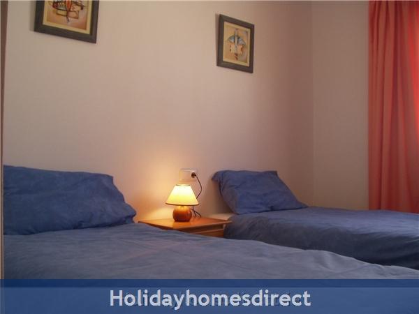 Casa Ellay: Twin bedroom