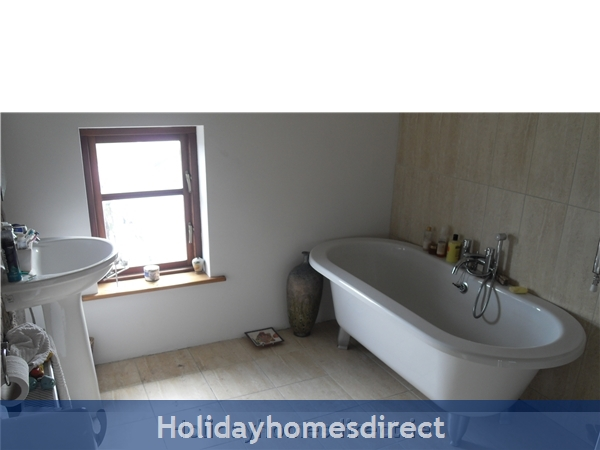 Moran's Lodge: Bathroom 1