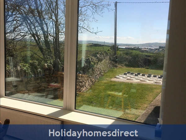 Seamount Liscannor/lahinch: Open countryside with Lahinch Beach in background