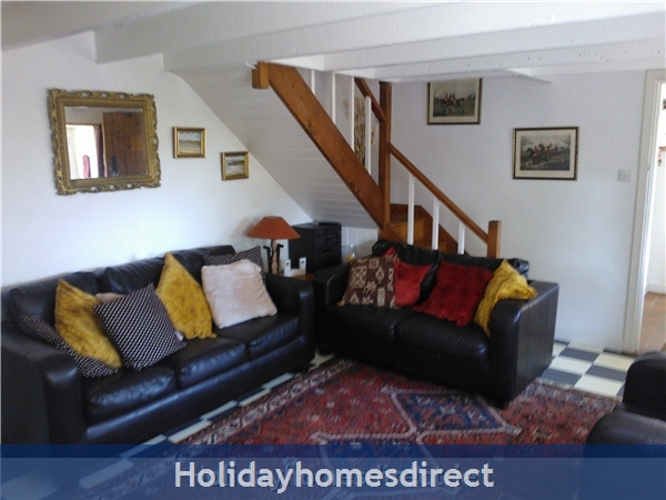 Catherdaniel Kerry Charming Holiday Cottage: Another view of the living room
